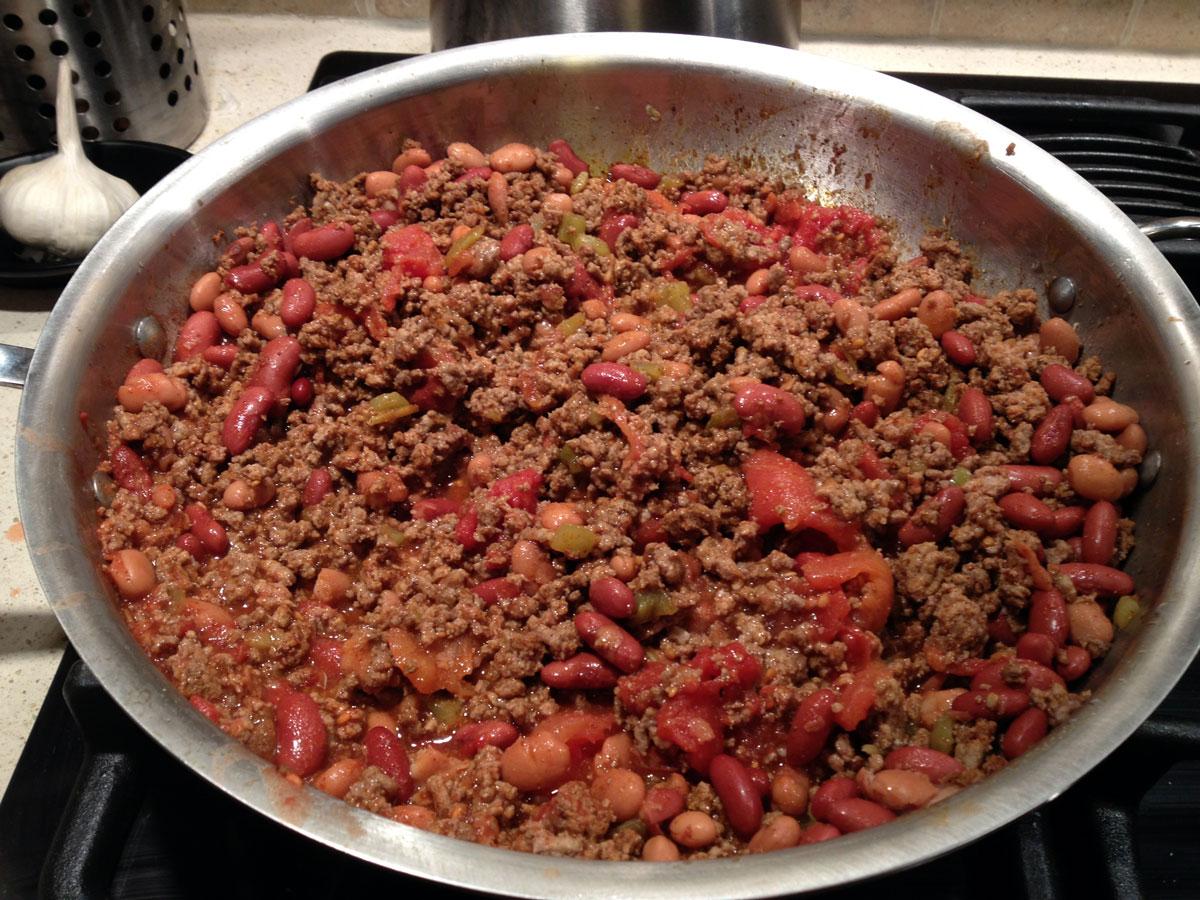 Beef & Bean Chili | Hugs 'n Kitchen