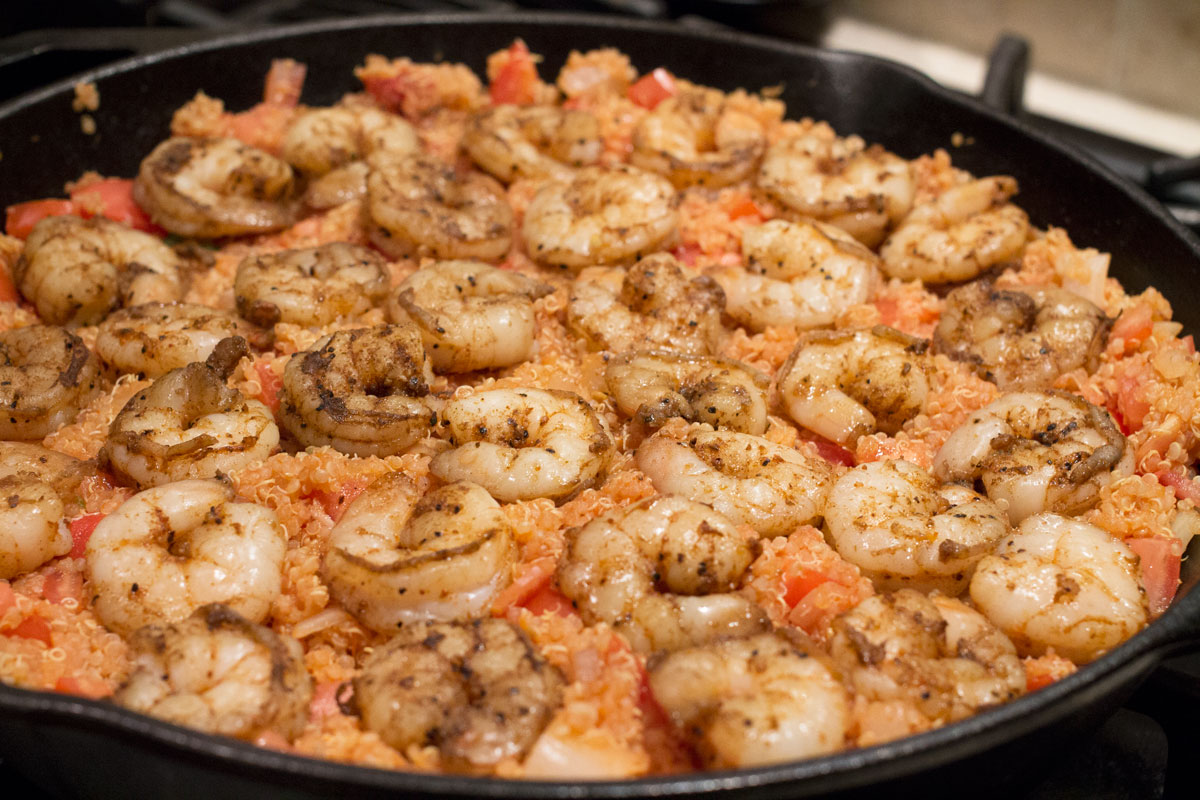 Cajun Shrimp + Quinoa Skillet | Hugs 'n Kitchen