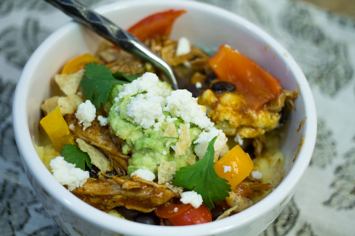 Chicken Enchilada Bowls with Cheesy Polenta | Hugs 'n Kitchen