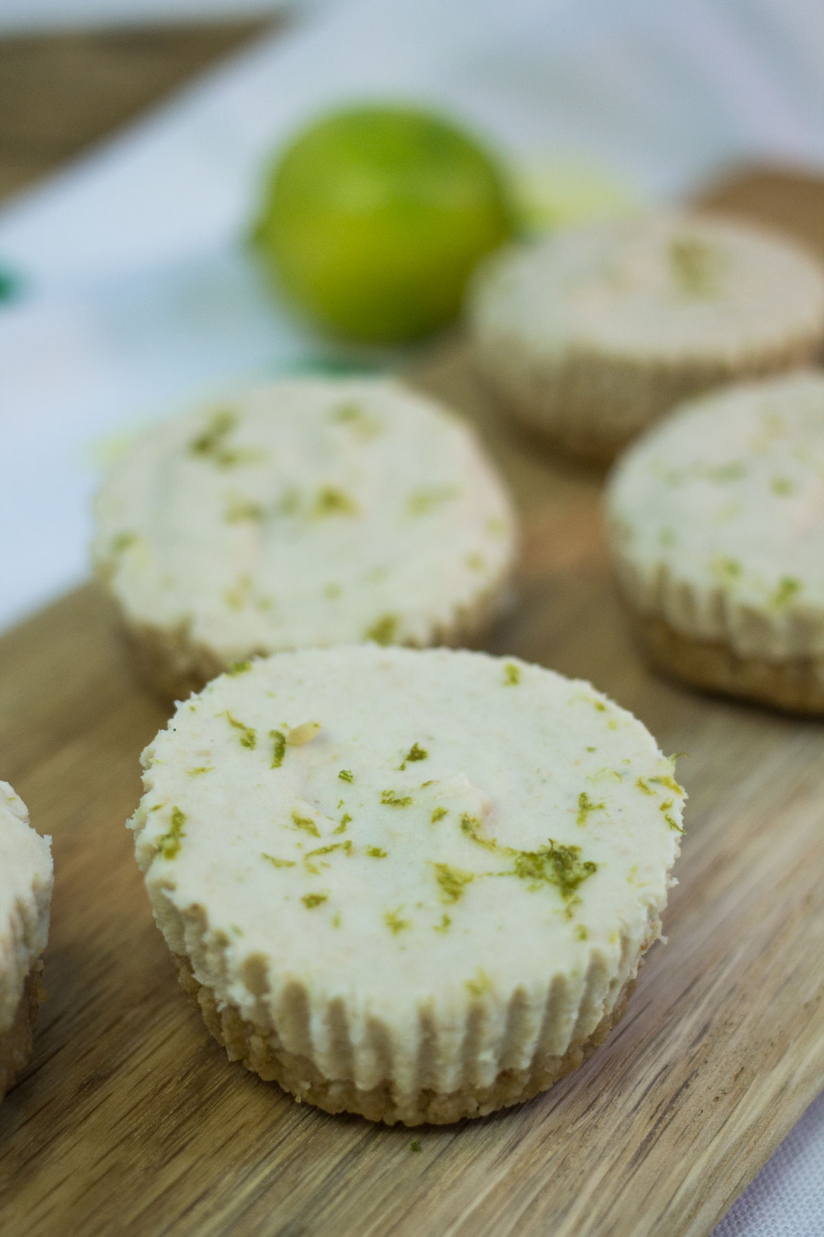 Paleo Key Lime Pie Cups | Hugs 'n Kitchen