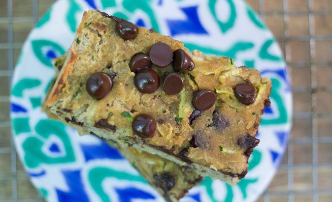 Paleo Chocolate Chip Zucchini Bread | Hugs 'n Kitchen